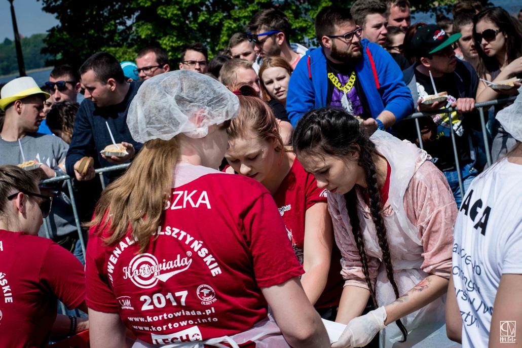 Juwenalia Olsztyńskie Kortowiada 2017: Śniadanie na Plaży Kortowskiej - zdjęcie nr 7
