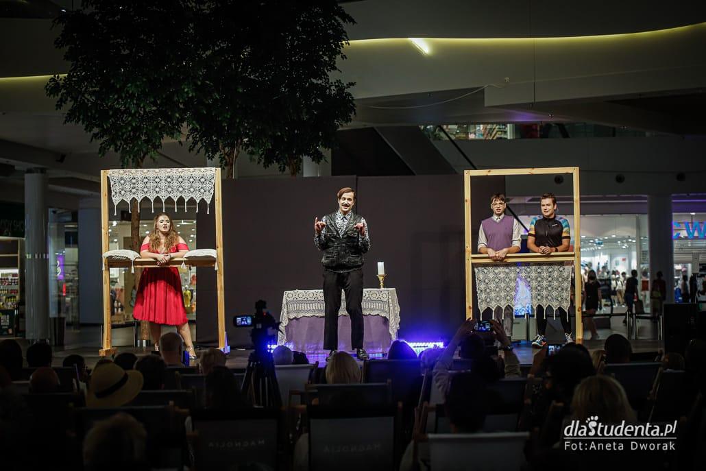 Teatr na leżakach: Poper