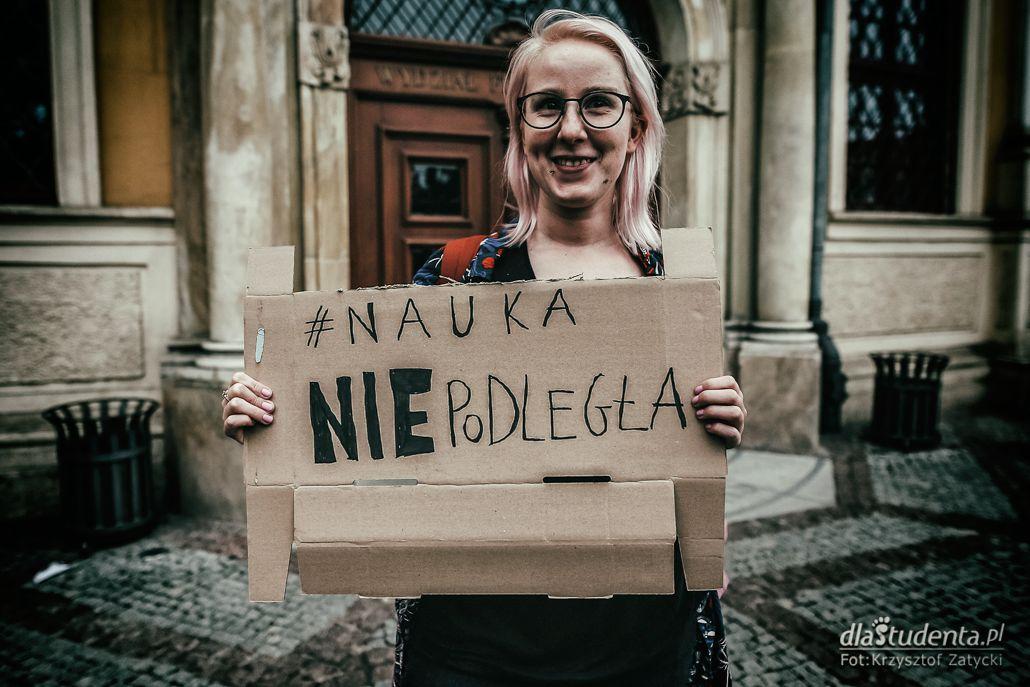 Protest studentów przeciwko reformie 2:0