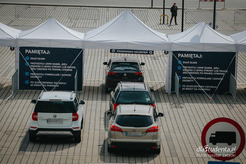 Największy samochodowy punkt szczepień w Polsce  - zdjęcie nr 1557874