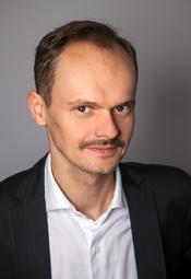 """Spotkanie wokół książki Juliusza Ćwielucha  pt. """"Generałowie"""""""