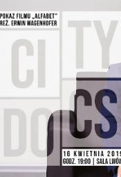 """City Docs. Temat: spór o edukację - """"Alfabet"""""""
