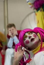 Wrocławski Teatr Lalek: KRZYWIRYJEK online