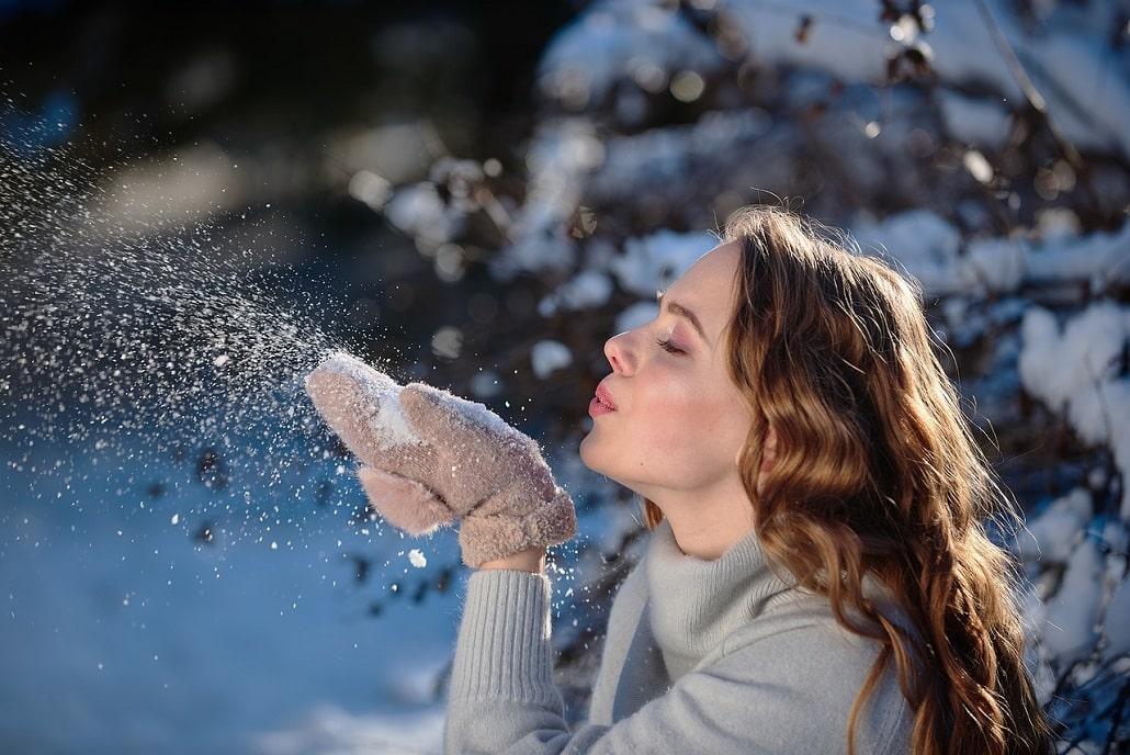 Dziewczyna ze śniegiem