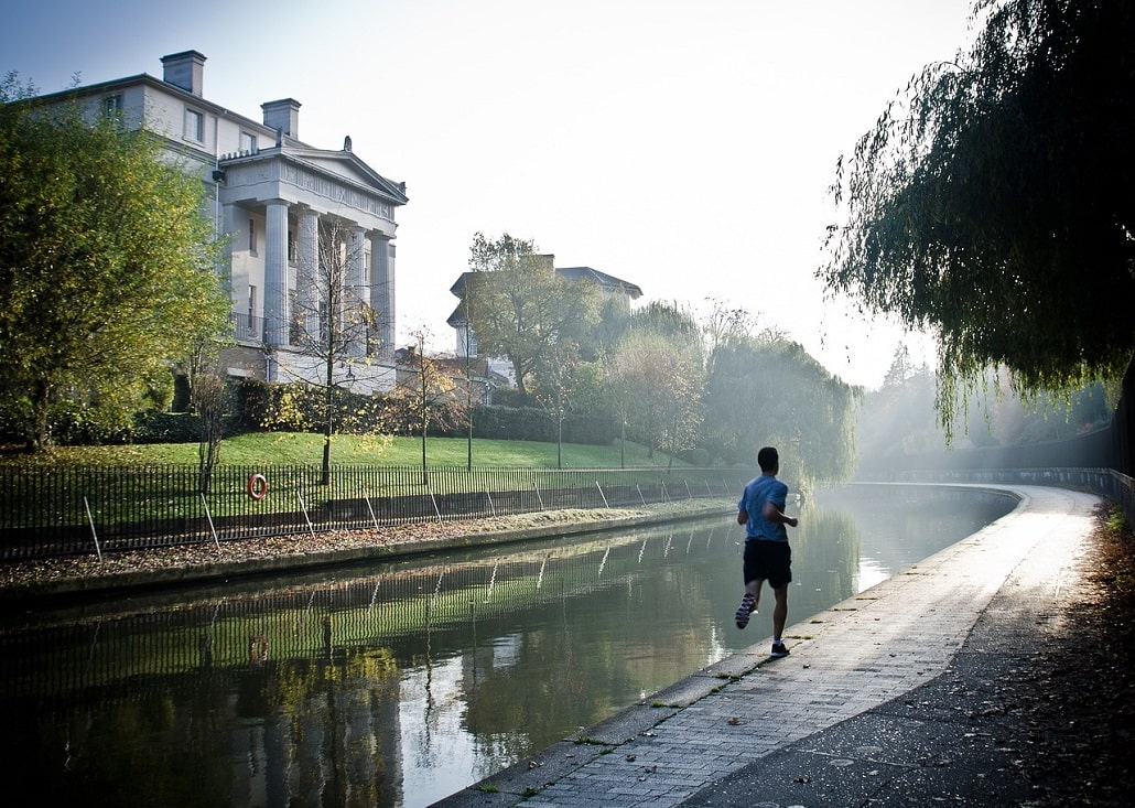 jak zadbać o odporność jesienią? Zdrowa dieta i sport w walce z jesiennym przeziębieniem