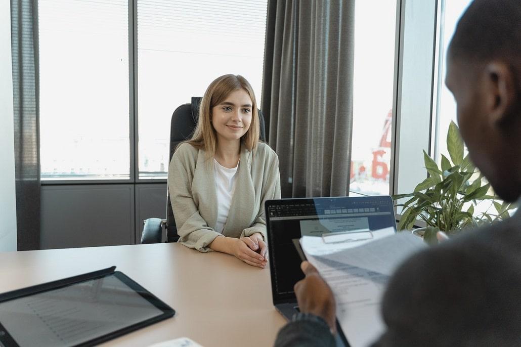 W jaki sposób odpowiadać podczas rozmowy kwalifikacyjnej?