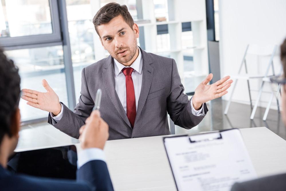 """Kiedy rozmowa kwalifikacyjna to znak, że należy wybrać """"ewakuację"""""""