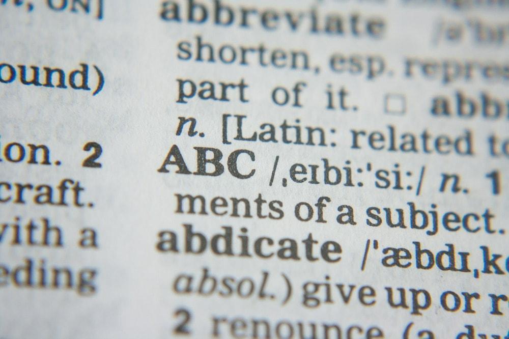 Słownik dla początkujących studentów.