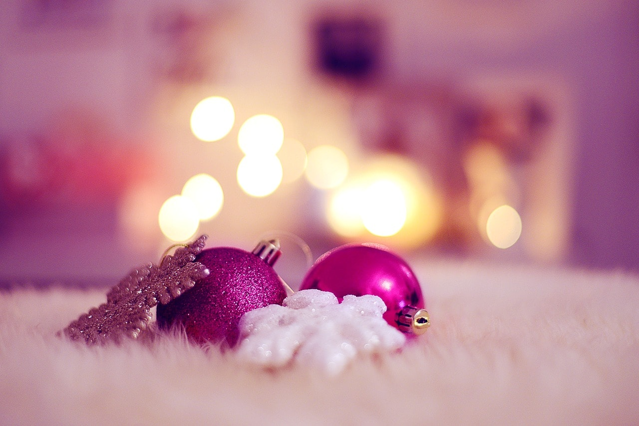 Ozdoby świąteczne potrafią szybko się znudzić i z każdym rokiem próbujemy szukać czegoś nowego.