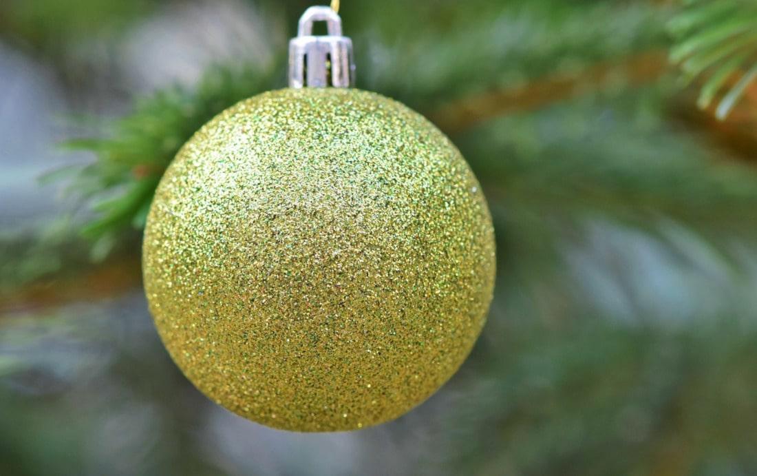 Zobacz, jak znaleźć przestrzeń dla nadmiaru świątecznych ozdób!