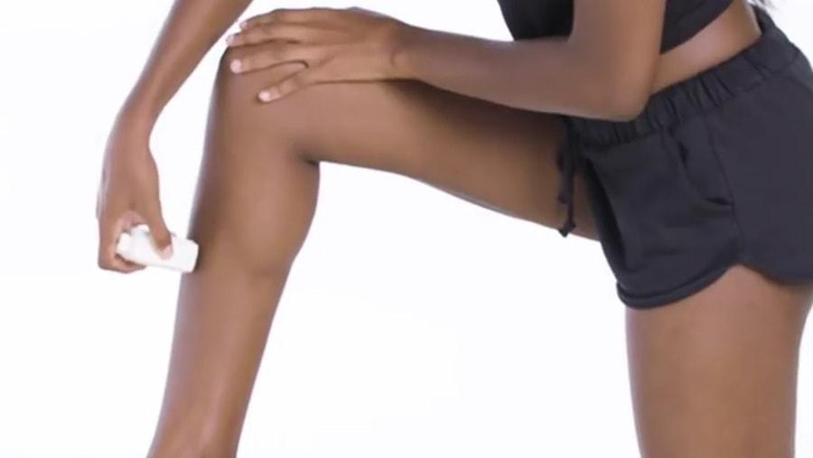 Historia usuwania damskiego owłosienia na krótkim filmiku. Nagranie ma już miliony wyświetleń [WIDEO]