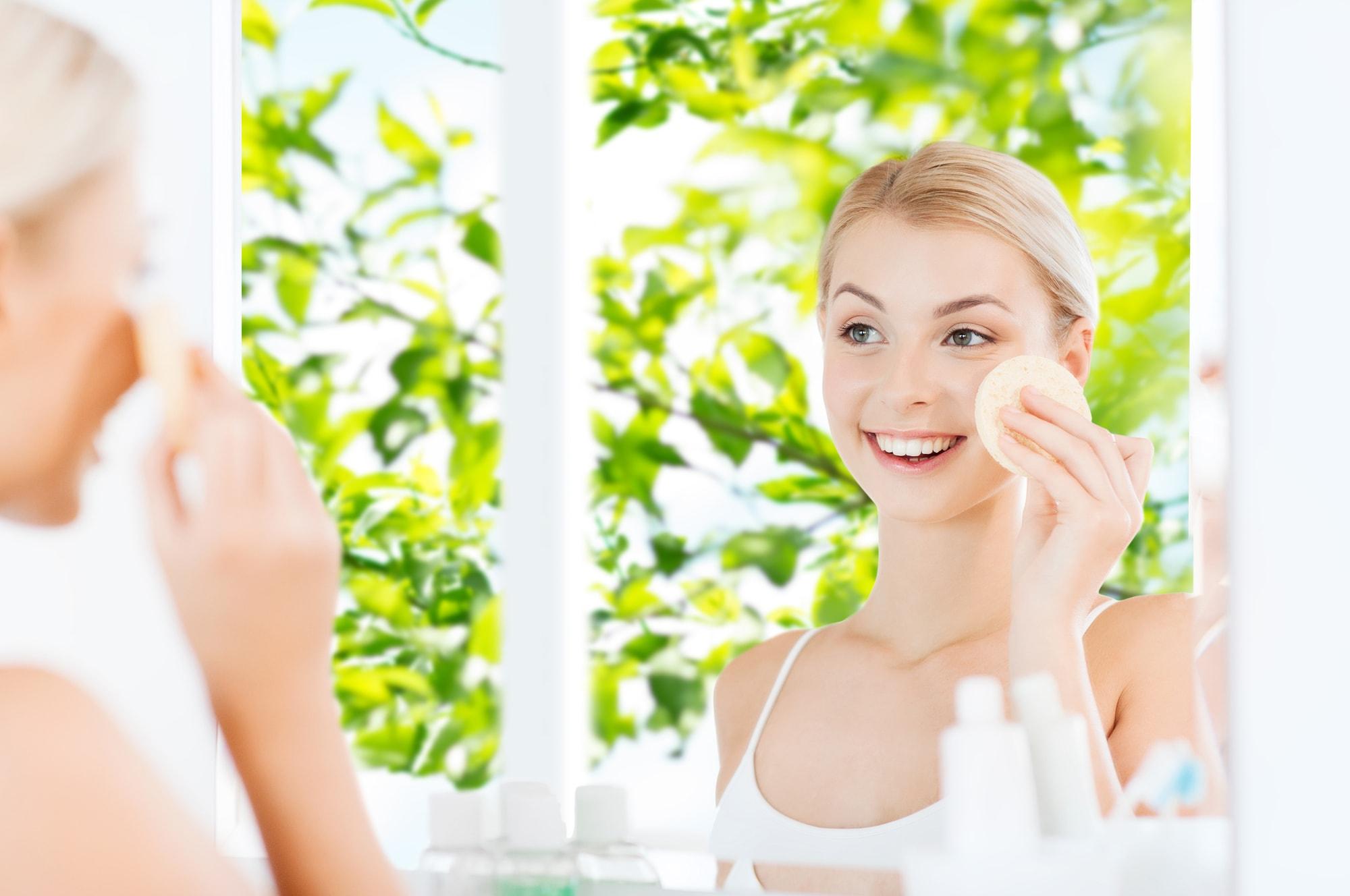 Peelingi do twarzy. Jak pomagają Twojej skórze? (kobieta.dlastudenta.pl) Peelingi do twarzy. Jak pomagają Twojej skórze?