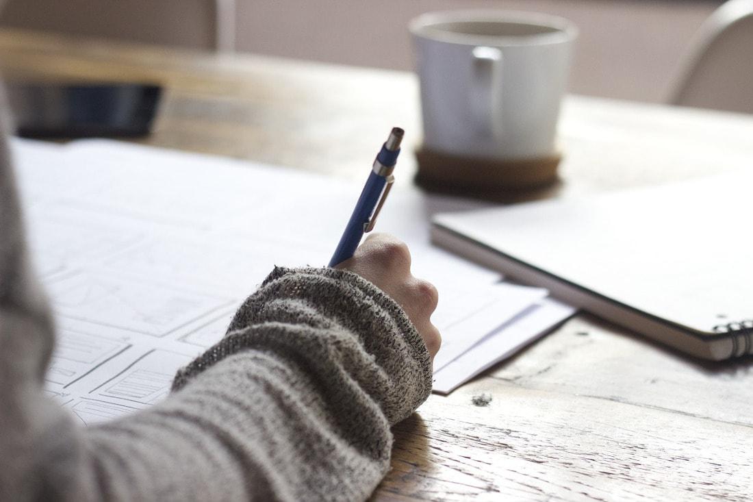 Zobacz podstawowe części składowe pracy dyplomowej!