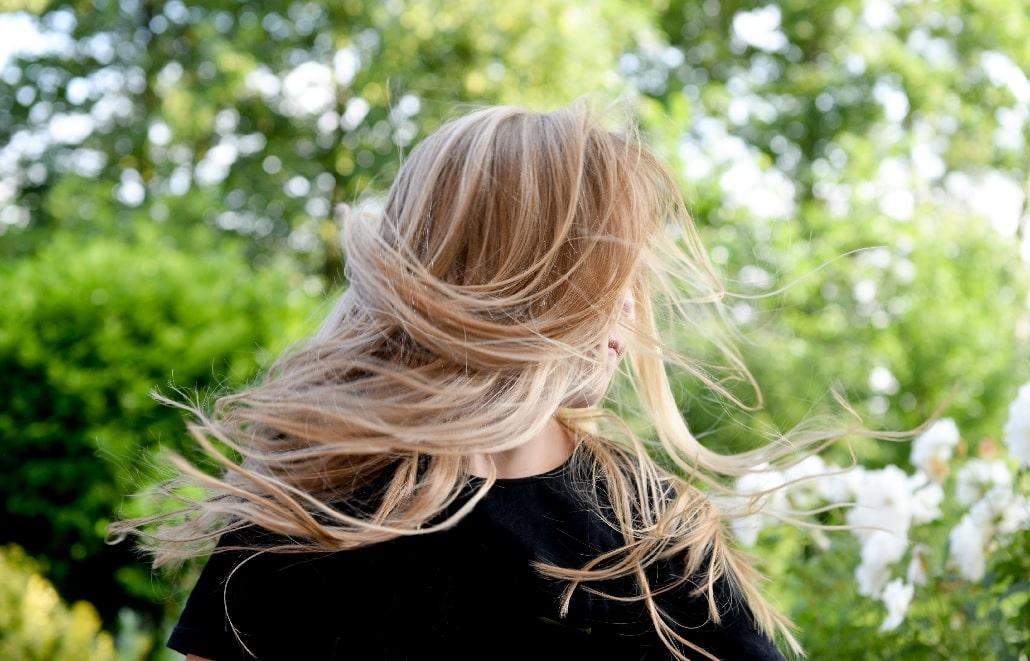 Piękne włosy latem