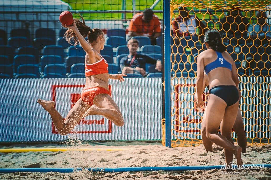 Wygrana Polek z Chinkami w meczu plażowej piłki ręcznej