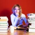 Maturalne last minute - maturzyści egzaminy matury przygotowania ściągi notatki stres nauka przerwy dieta odpoczynek
