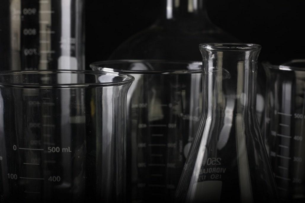 Szkła laboratoryjne, symbol chemii
