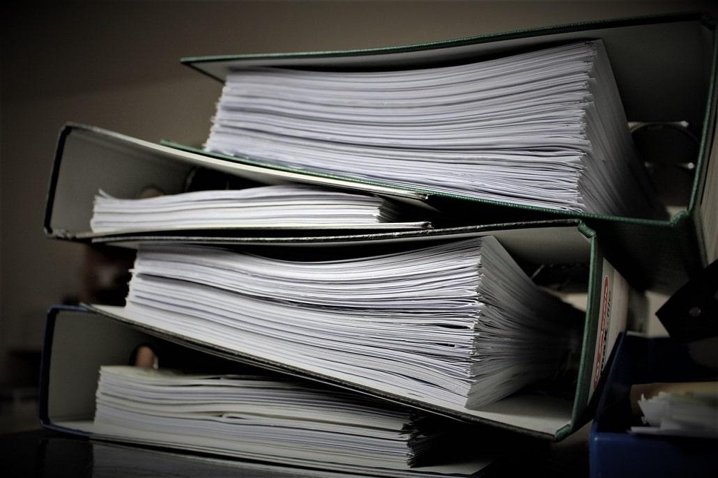 Stos papierów, dokumenty