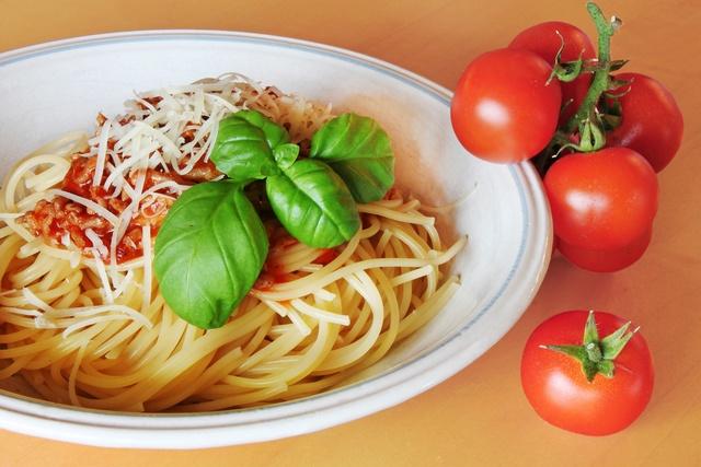 Spaghetti Napoli Spaghetti Napoli Przepis Przepisy Włoska