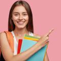 Praca na studiach - 4 kroki, które pomogą ją znaleźć