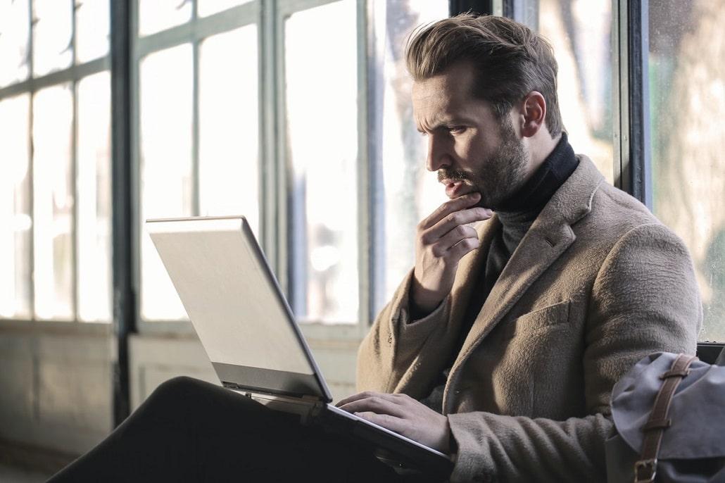 Myślenie, Człowiek przed komputerem, Praca