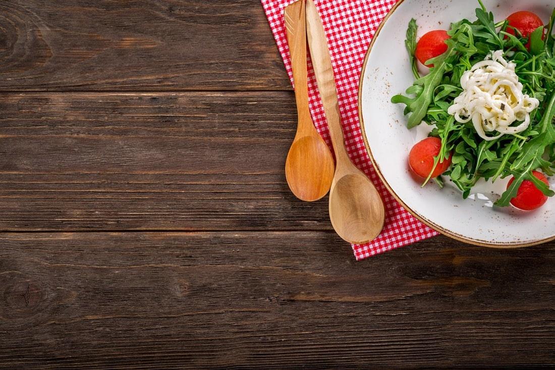 Zobacz, jakie są najciekawsze kierunki studiów związanych z żywieniem.