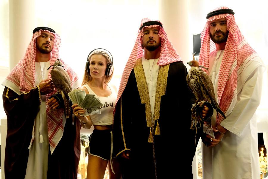 Dziewczyny z Dubaju - Doda i aktorzy
