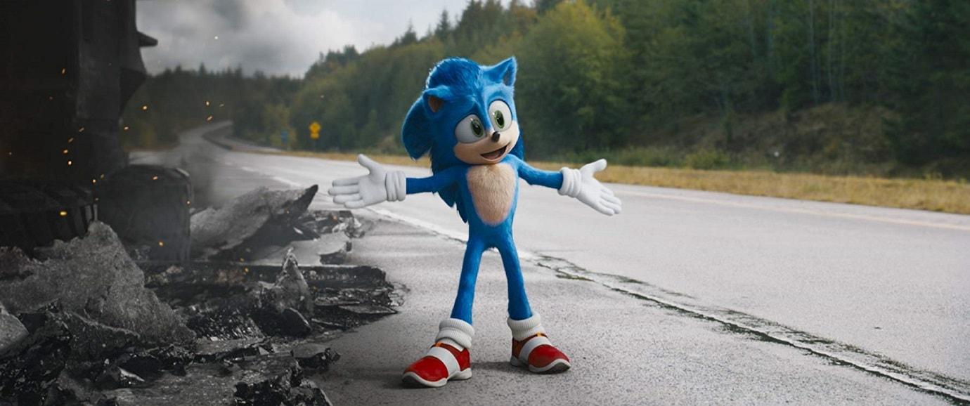 Kadr z Filmu Sonic. Sonic obok wraku