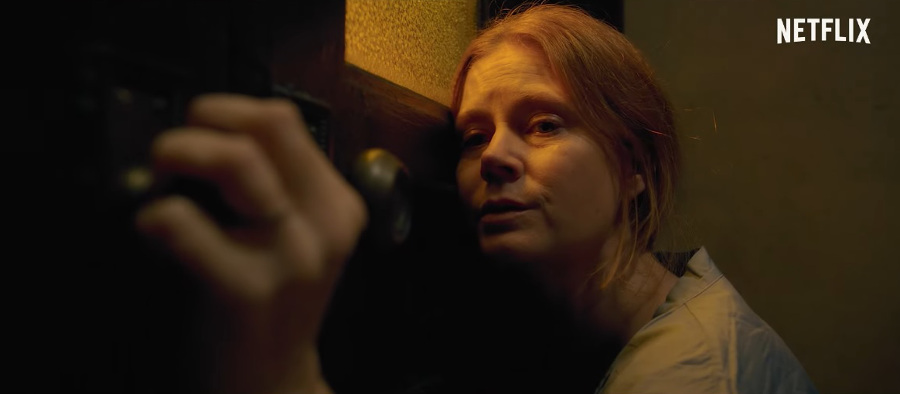 Kobieta w oknie - zdjęcia z filmu