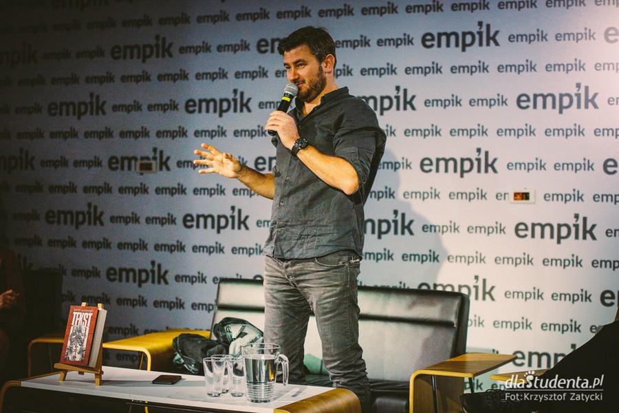 Dmitry Glukhovsky w Empiku Renoma Wrocław