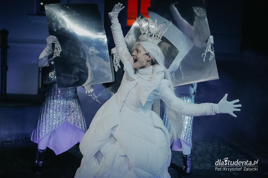 Królowa. Baśń podwórkowa