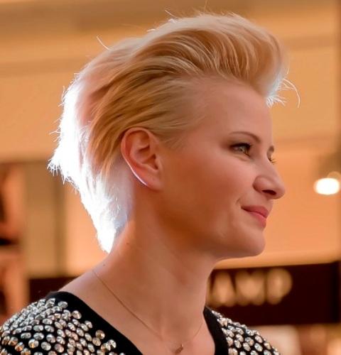 Najlepsze Fryzury Dla Cienkich Włosów Cienkei Włosy Fryzura