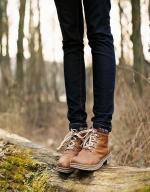 Jak Rozbic Zbyt Ciasne Buty Poradnik Za Ciasne Buty Zbyt Ciasne Buty Jak Rozbic Buty Jak Rozciagnac Buty Kobieta