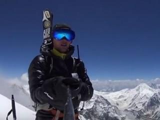 Zjechał na nartach z Broad Peak jako pierwszy na świecie! Zobacz niesamowite wideo - zjazd na nartach, broad peak, wideo