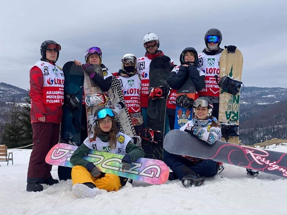 Reprezentacja AZS UG w górach na śniegu