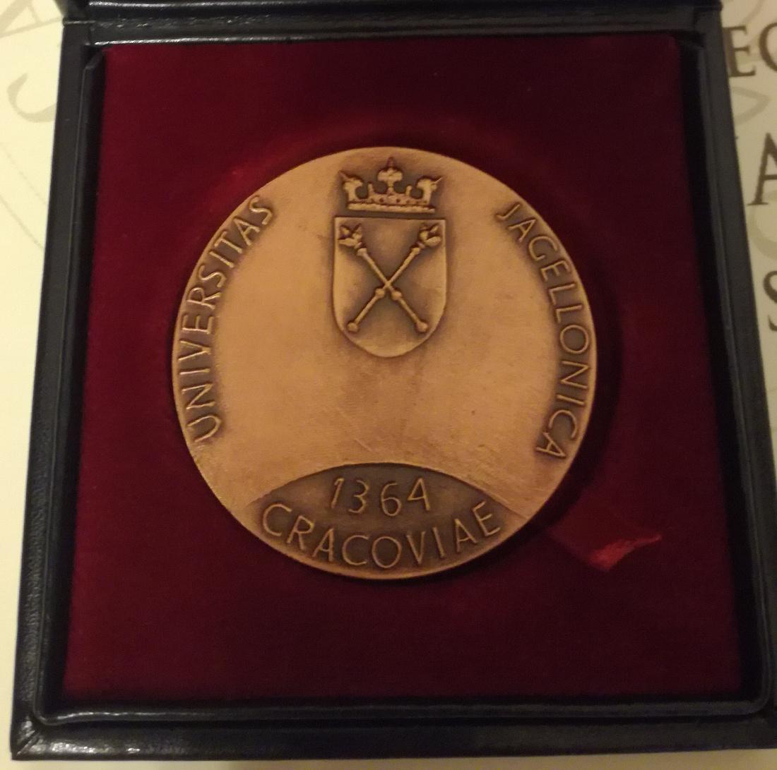 Medal wręczony został 17 listopada 2018 roku.