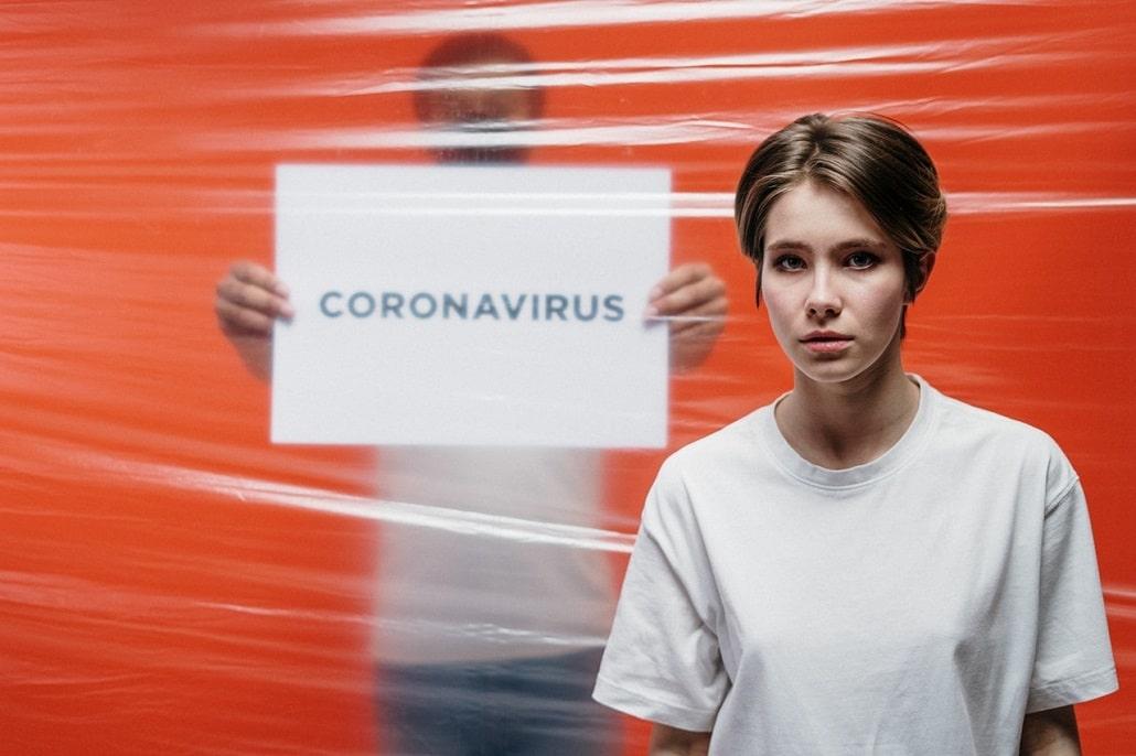 Człowiek w kwarantannie, koronawirus