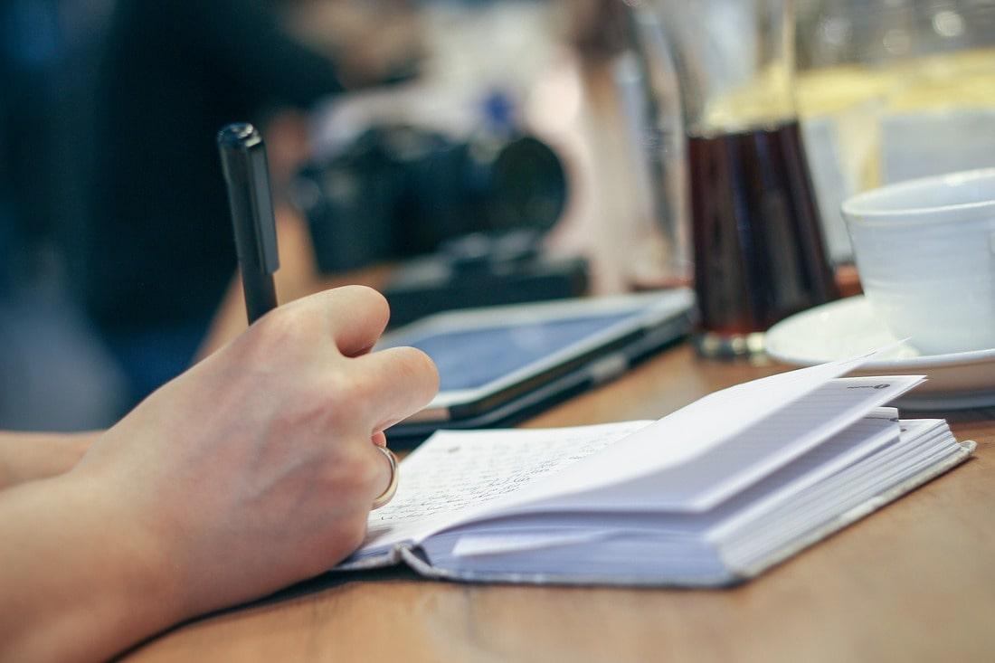 Zobacz, jak zmienić temat pracy dyplomowej!