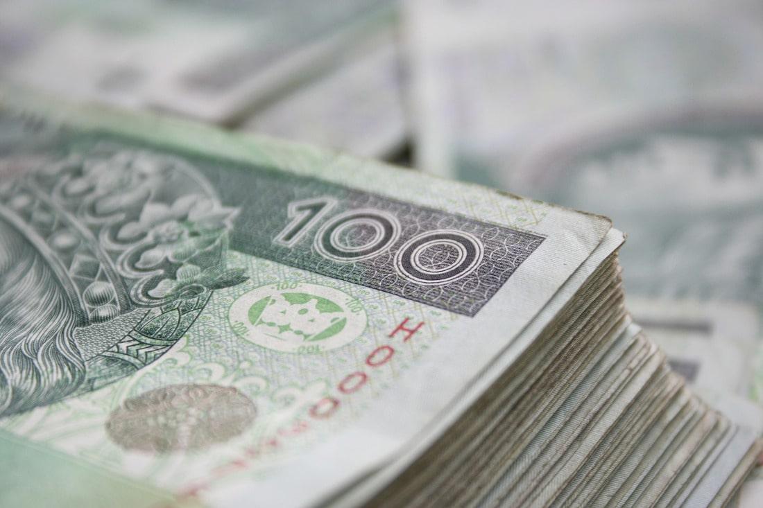 Na podwyższenie pensji pracowników uczelni zostało przekazanych ponad 916 mln zlotych.