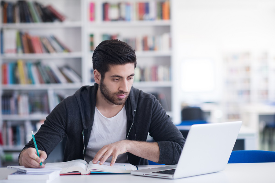 Poleasingowy laptop dla studenta