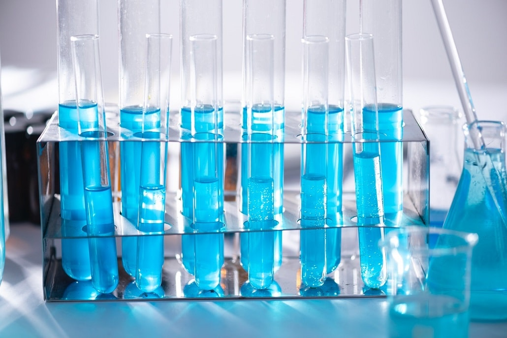 Fiolki w laboratorium