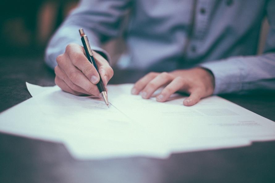5 oznak, że możesz stracić pracę - utrata pracy, zwolnienie, zapowiedź zwolnienia,
