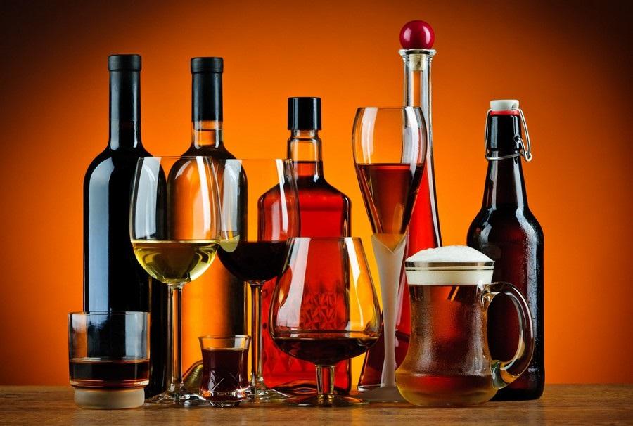 alkohole, które warto mieć w domu