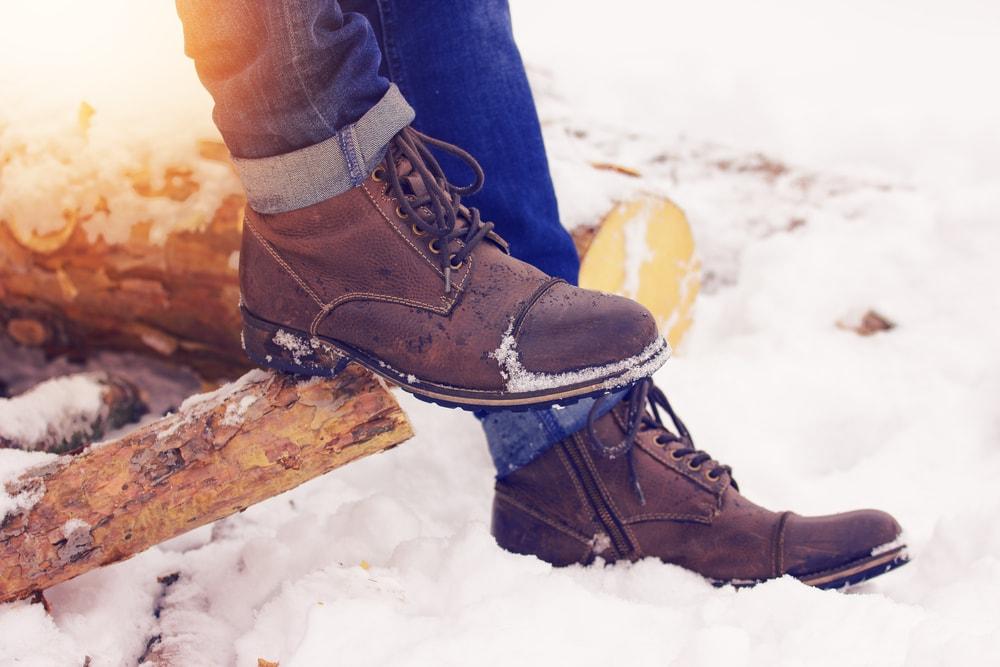 Najmodniejsze fasony męskich butów na zimę