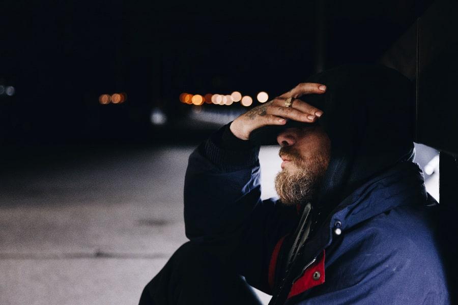 Co powoduje męską depresję