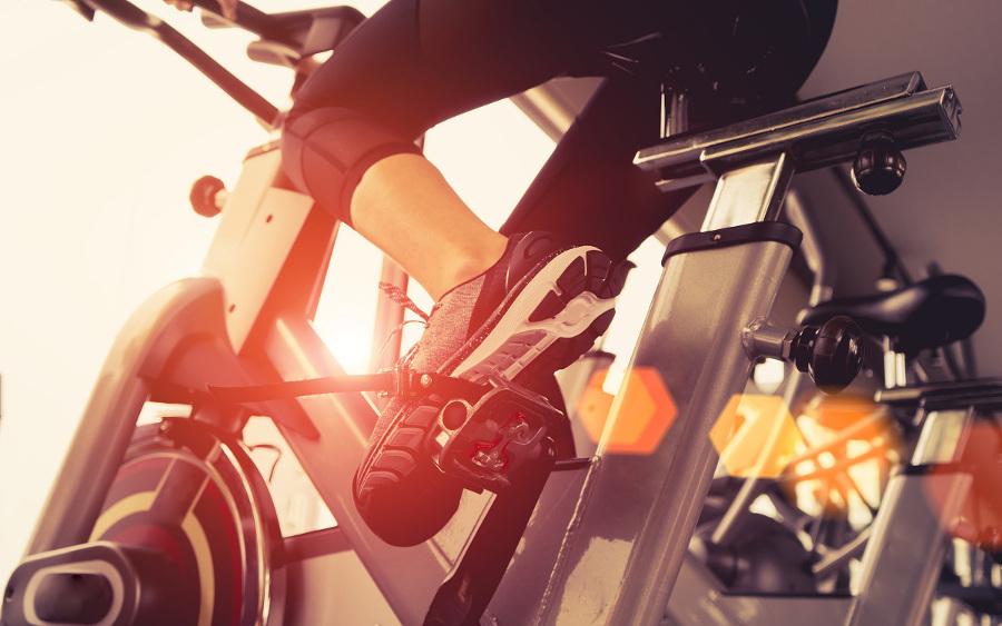 domowe ćwiczenia na rowerku