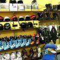Dobierz odpowiedni sprzęt narciarski - zima narty snowboard sprzęt narciarski kijki buty porady specjalista narciarstwo początkujący śnieg