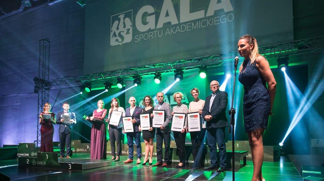 Mgr Marta Dalecka jest pomysłodawczynią i koordynatorką Integracyjnych Mistrzostw Polski AZS oraz przewodniczącą Komisji ds. sportu osÃłb niepełnosprawnych w AZS.