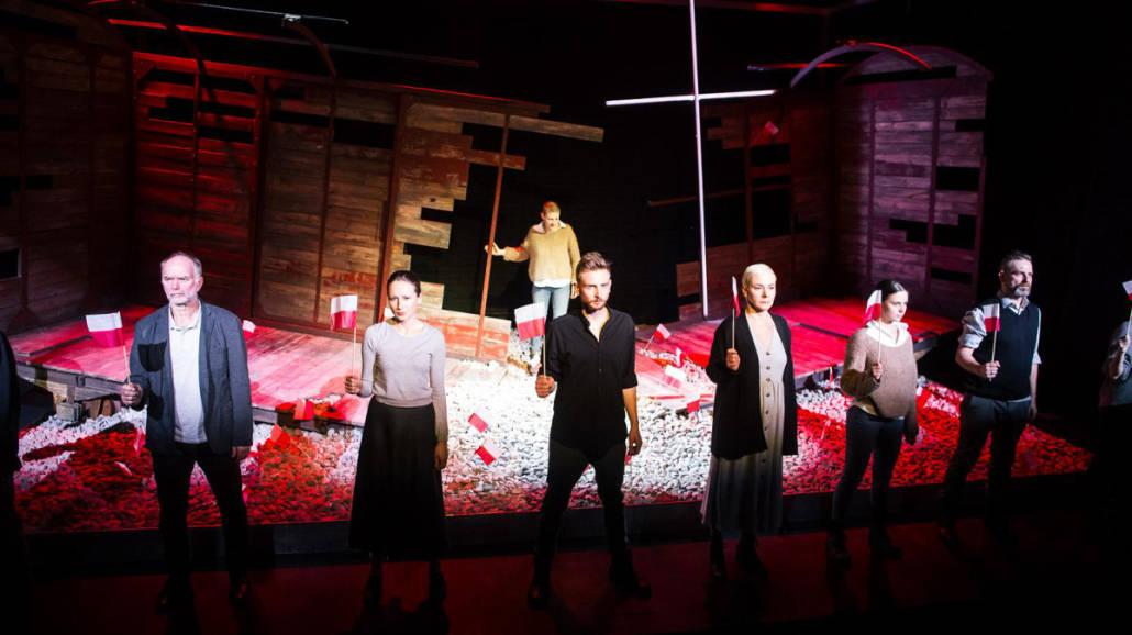 Ruscy, Teatr WybrzeÅźe