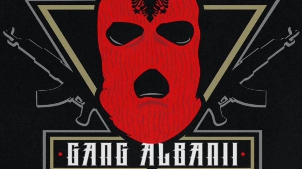 """Powrót króla Albanii w zestawieniu OLiS. """"Królowie życia"""" na szczycie [WIDEO]"""